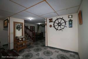 Casa En Ventaen Bogota, Sabanas Del Dorado, Colombia, CO RAH: 21-1812