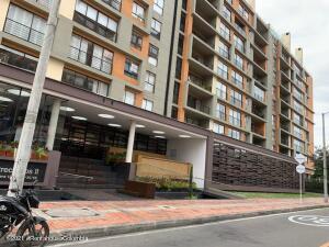 Apartamento En Ventaen Bogota, Cedritos, Colombia, CO RAH: 21-1832