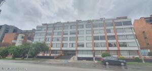 Apartamento En Ventaen Bogota, Capri, Colombia, CO RAH: 21-1838