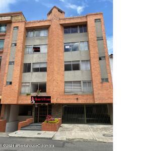 Apartamento En Ventaen Bogota, El Batán, Colombia, CO RAH: 21-1845
