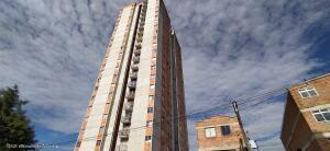 Apartamento En Arriendoen Medellin, Aranjuez, Colombia, CO RAH: 21-1863