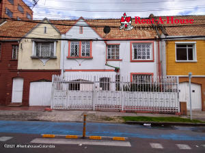 Casa En Arriendoen Bogota, San Luis, Colombia, CO RAH: 21-1896