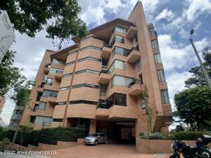 Apartamento En Ventaen Bogota, Los Rosales, Colombia, CO RAH: 21-1921