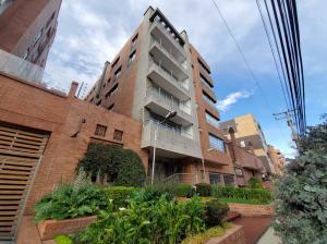 Apartamento En Arriendoen Bogota, Chico, Colombia, CO RAH: 21-1934