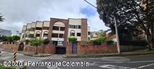 Apartamento En Arriendoen Bogota, Chapinero Alto, Colombia, CO RAH: 21-1949