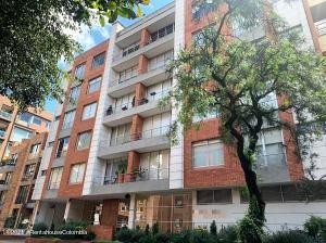 Apartamento En Arriendoen Bogota, Chico Reservado, Colombia, CO RAH: 21-1960