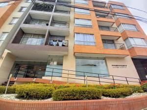 Apartamento En Arriendoen Bogota, Batan, Colombia, CO RAH: 21-1973