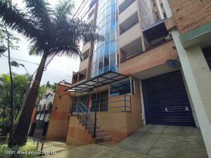 Apartamento En Ventaen Medellin, Centro La Candelaria, Colombia, CO RAH: 21-1991