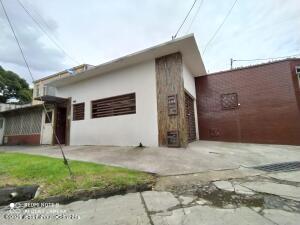 Casa En Ventaen Bogota, Minuto De Dios, Colombia, CO RAH: 21-1999