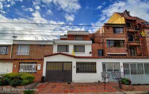 Casa En Ventaen Bogota, La Floresta, Colombia, CO RAH: 21-2029