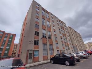 Apartamento En Arriendoen Bogota, Nuevo Techo, Colombia, CO RAH: 21-2032