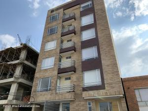 Apartamento En Ventaen Chia, La Balsa, Colombia, CO RAH: 21-2033
