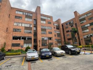 Apartamento En Ventaen Bogota, Niza Norte, Colombia, CO RAH: 21-2051