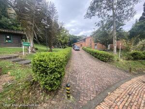 Casa En Ventaen Bogota, Torca, Colombia, CO RAH: 21-2082