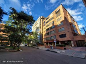 Apartamento En Arriendoen Bogota, Chico Norte, Colombia, CO RAH: 21-2053