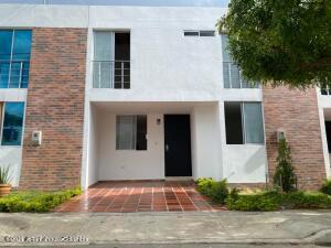 Casa En Ventaen Villa Del Rosario, Vereda Villa Del Rosario, Colombia, CO RAH: 21-2066