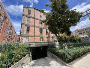 Apartamento En Ventaen Bogota, Los Cedros Oriental, Colombia, CO RAH: 21-2073