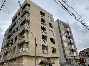 Apartamento En Ventaen Chia, La Balsa, Colombia, CO RAH: 21-2074