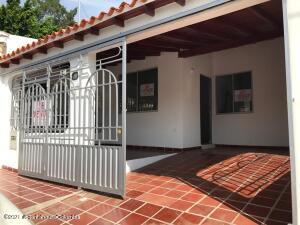 Casa En Ventaen Cucuta, Trapiches, Colombia, CO RAH: 21-2088