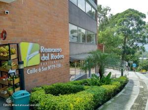 Apartamento En Ventaen Medellin, Rodeo Alto, Colombia, CO RAH: 21-2110