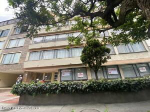 Apartamento En Ventaen Bogota, Chico Norte, Colombia, CO RAH: 21-2101