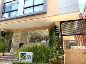 Apartamento En Arriendoen Bogota, Cedritos, Colombia, CO RAH: 21-2105