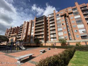 Apartamento En Ventaen Bogota, Casa Blanca Suba, Colombia, CO RAH: 22-15
