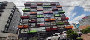 Apartamento En Ventaen Bogota, Chico, Colombia, CO RAH: 21-2112