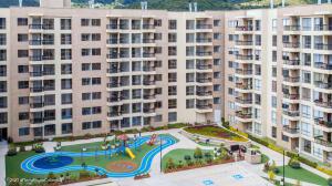 Apartamento En Ventaen Cajica, Capellania, Colombia, CO RAH: 21-2113