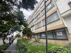 Apartamento En Arriendoen Bogota, Chico Norte, Colombia, CO RAH: 22-20