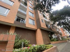 Apartamento En Ventaen Bogota, Cedritos, Colombia, CO RAH: 22-32