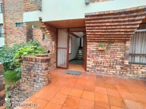 Casa En Arriendoen Bogota, El Batán, Colombia, CO RAH: 22-33
