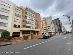 Apartamento En Arriendoen Bogota, Chapinero Alto, Colombia, CO RAH: 22-37