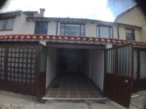 Casa En Ventaen Bogota, Villa Del Prado, Colombia, CO RAH: 22-52