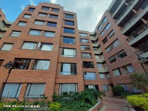 Apartamento En Ventaen Bogota, Cedritos, Colombia, CO RAH: 22-58