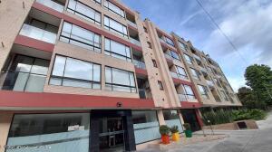 Apartamento En Ventaen Bogota, Nueva Autopista, Colombia, CO RAH: 22-60
