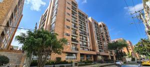 Apartamento En Ventaen Bogota, Cedritos, Colombia, CO RAH: 22-62