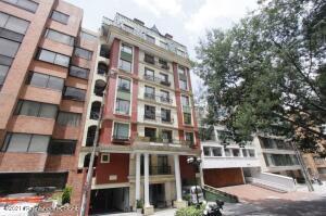 Apartamento En Ventaen Bogota, Los Rosales, Colombia, CO RAH: 22-85