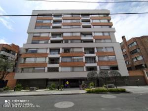 Apartamento En Ventaen Bogota, Cedritos, Colombia, CO RAH: 22-96