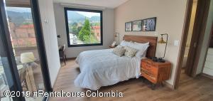 Apartamento En Ventaen Bogota, Santa Ana Usaquen, Colombia, CO RAH: 22-99