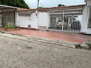Casa En Ventaen Cucuta, Quintan Oriental, Colombia, CO RAH: 22-103