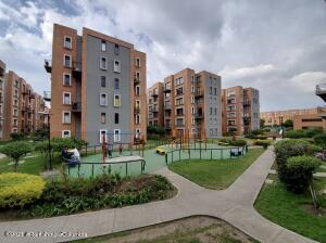 Apartamento En Ventaen Mosquera, Ciudad Sabana, Colombia, CO RAH: 22-114