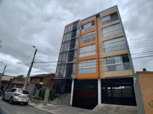 Apartamento En Ventaen Chia, El Campin, Colombia, CO RAH: 22-117