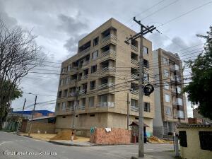 Apartamento En Ventaen Chia, La Balsa, Colombia, CO RAH: 22-126