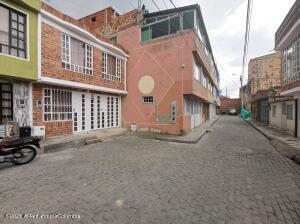 Casa En Ventaen Mosquera, La Cumbre I, Colombia, CO RAH: 22-201