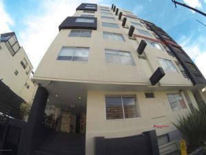 Apartamento En Ventaen Bogota, Cedritos, Colombia, CO RAH: 22-217