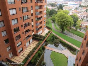Apartamento En Ventaen Bogota, Santa Ana Usaquen, Colombia, CO RAH: 22-228