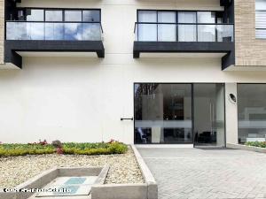 Apartamento En Ventaen Bogota, Belmira, Colombia, CO RAH: 22-236