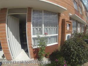 Casa En Ventaen Bogota, Las Margaritas, Colombia, CO RAH: 22-254
