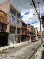 Casa En Ventaen Mosquera, Alicante, Colombia, CO RAH: 22-256